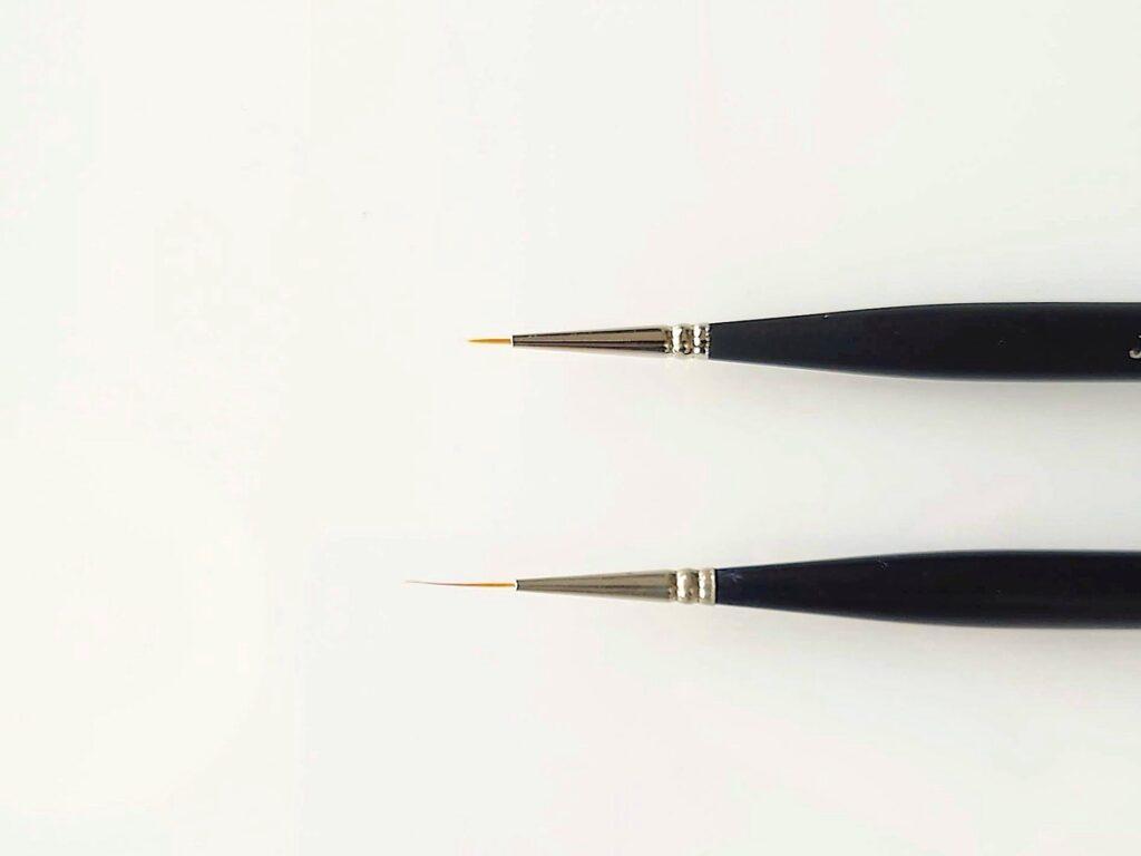 ショートライナー筆とロングライナー筆