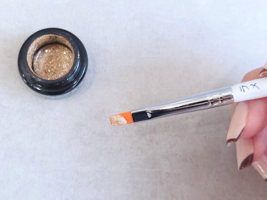 ラメ専用のネイル筆
